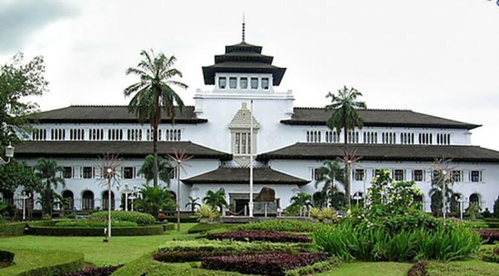 West Java Tourism - Pariwisata Jawa Barat